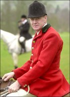 Heythrop Hunt huntsman Julian Barnfield